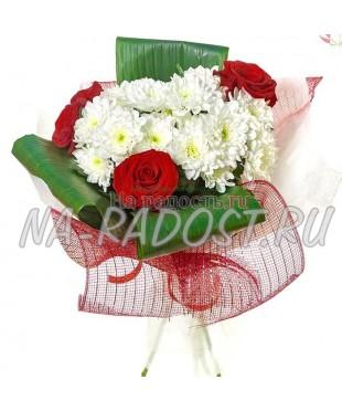 """Букет роз и хризантем """"Весенняя мелодия"""""""